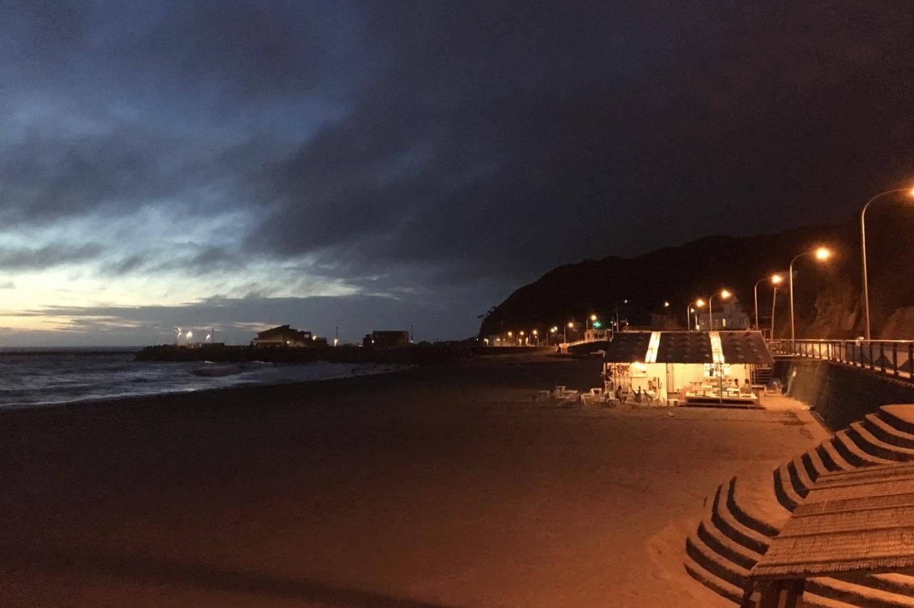 神津島カムリングの夜景
