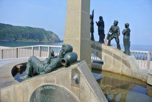 神津島|水配像モニュメント